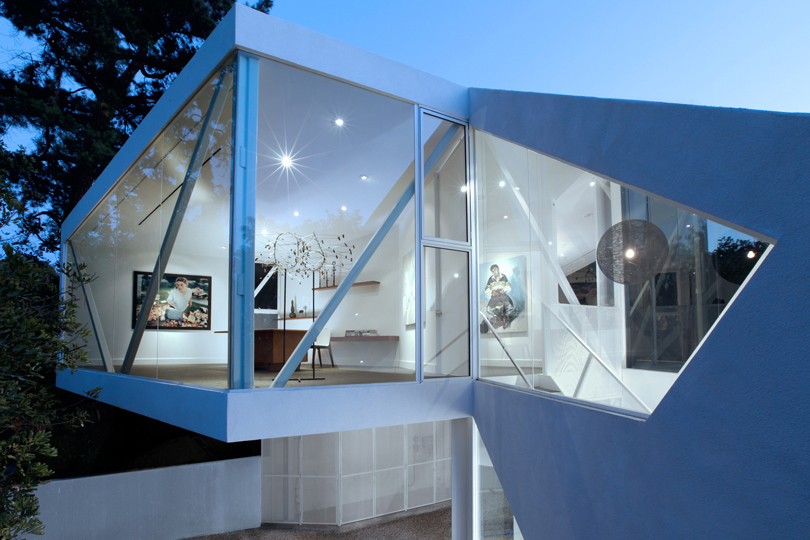 Saphire Gallery House